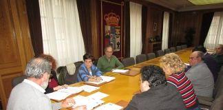 Leonor González y Manuel Ramos en Comisión Política Social